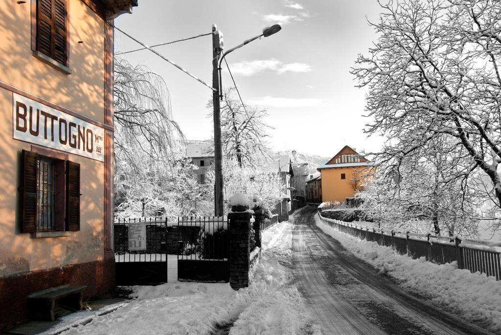 Ingresso a Buttogno, in inverno - ph. Maurizio Besana