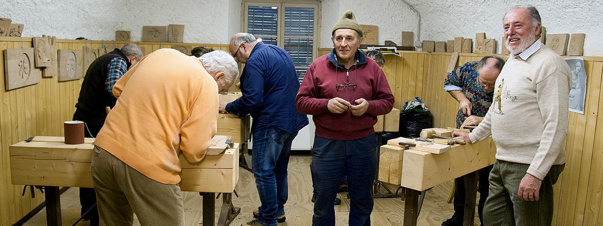 Il corso di intaglio su legno alla Scuola di Belle Arti Rossetti Valentini - ph. Maurizio Besana