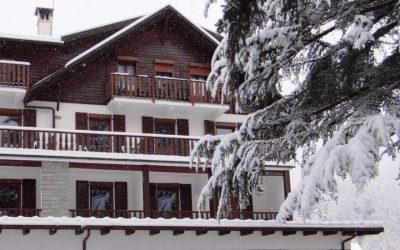 Hotel La Scheggia sotto la neve