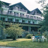 Il grande giardino estivo dell'Hotel La Scheggia