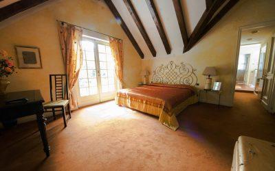 Una delle spaziose stanze del B&B Luce del mattino