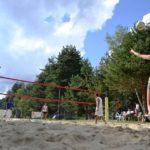 Partita a beach volley allo Jazza Sport Club