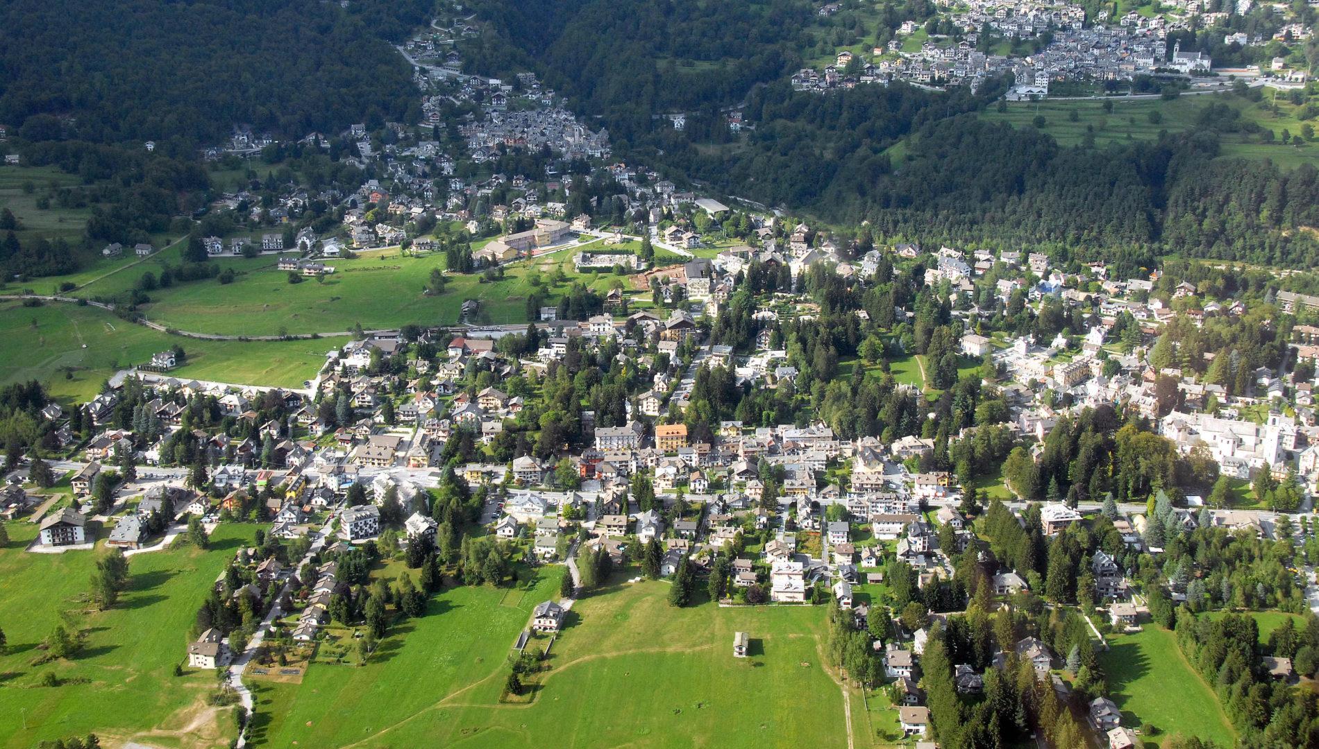 Veduta aerea di Santa Maria Maggiore - ph. Maurizio Besana